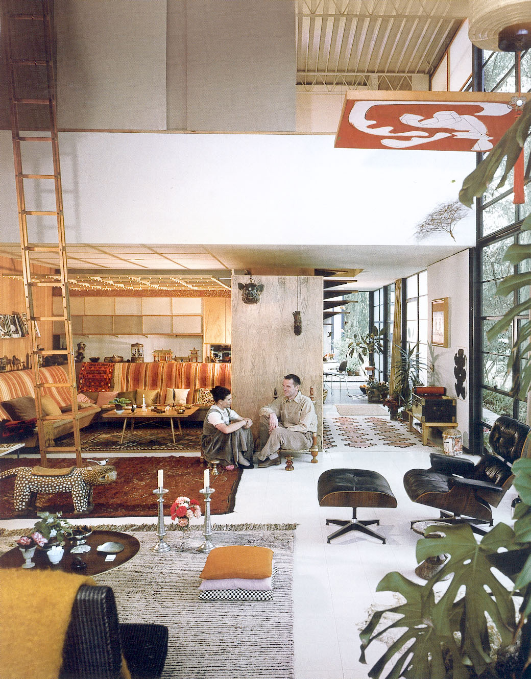 the habitair eames house pacific palisades. Black Bedroom Furniture Sets. Home Design Ideas