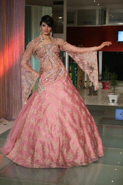 de mariage,robes de soirée et décoration: Robe de mariée tunisienne ...