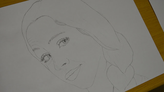 Girl face drawing - step 1