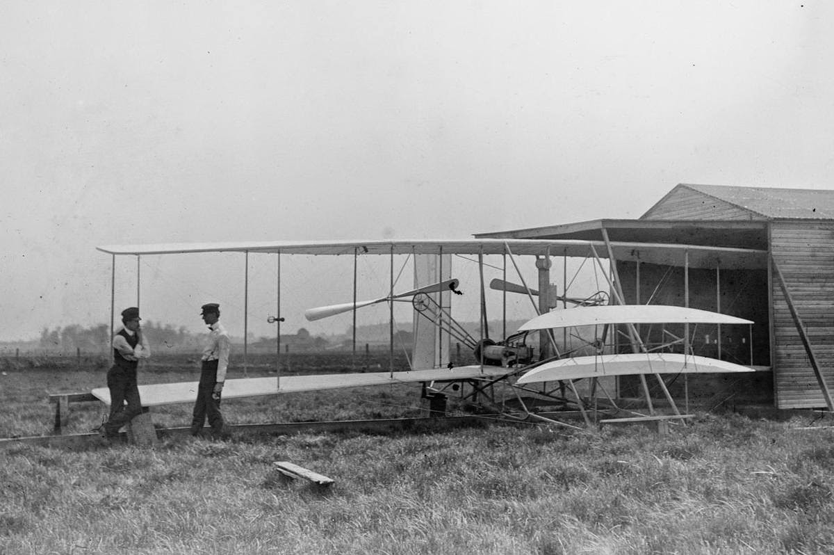 First Wright Brothers Flight pertaining to pictures of the wright brothers' first flightfrom the 1900s   gold