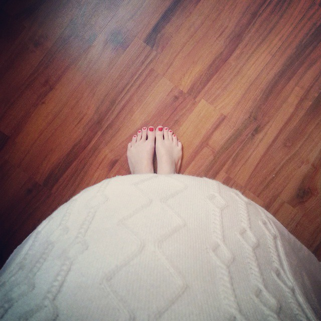 baby bump, toes, hardwood floor