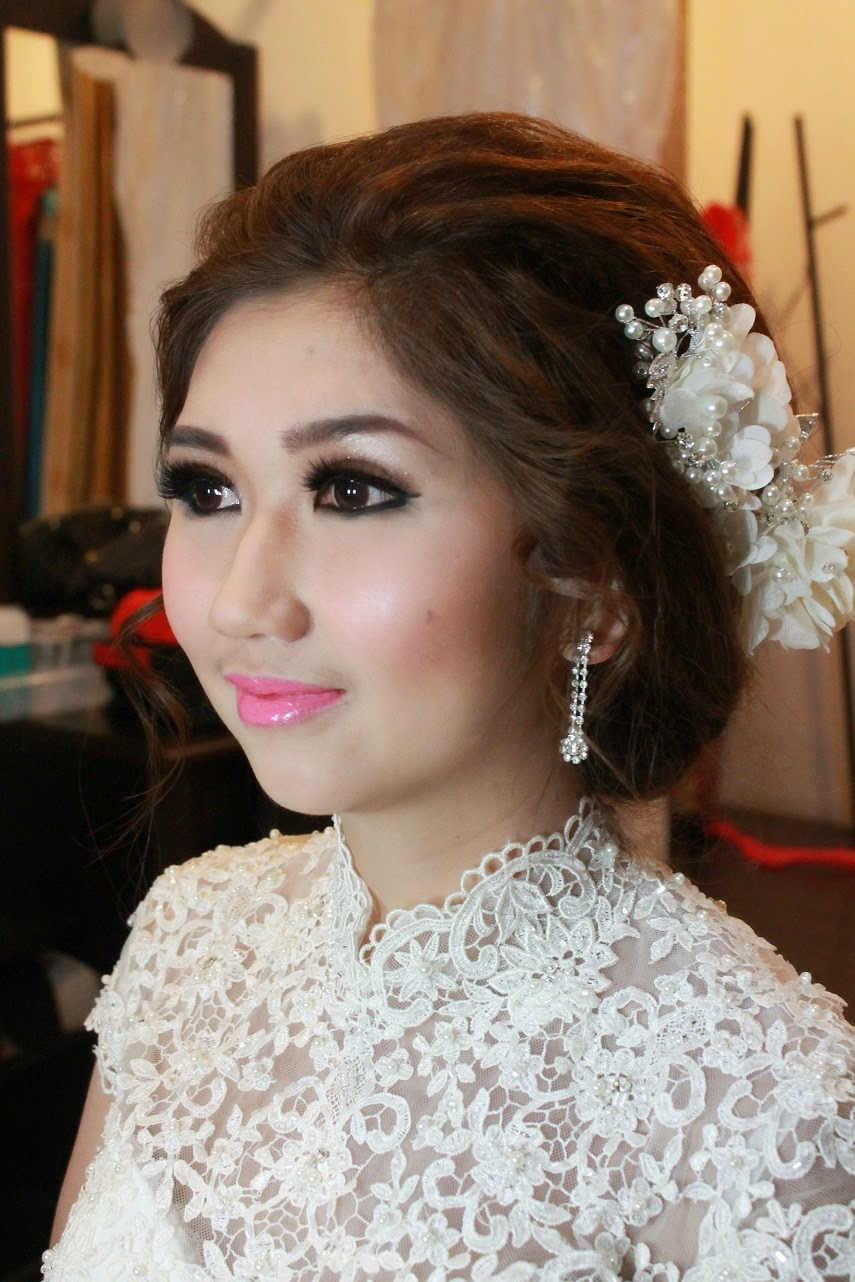 JASA MAKEUP HAIRDO BRIDE,PREWEDDING, FAMILY