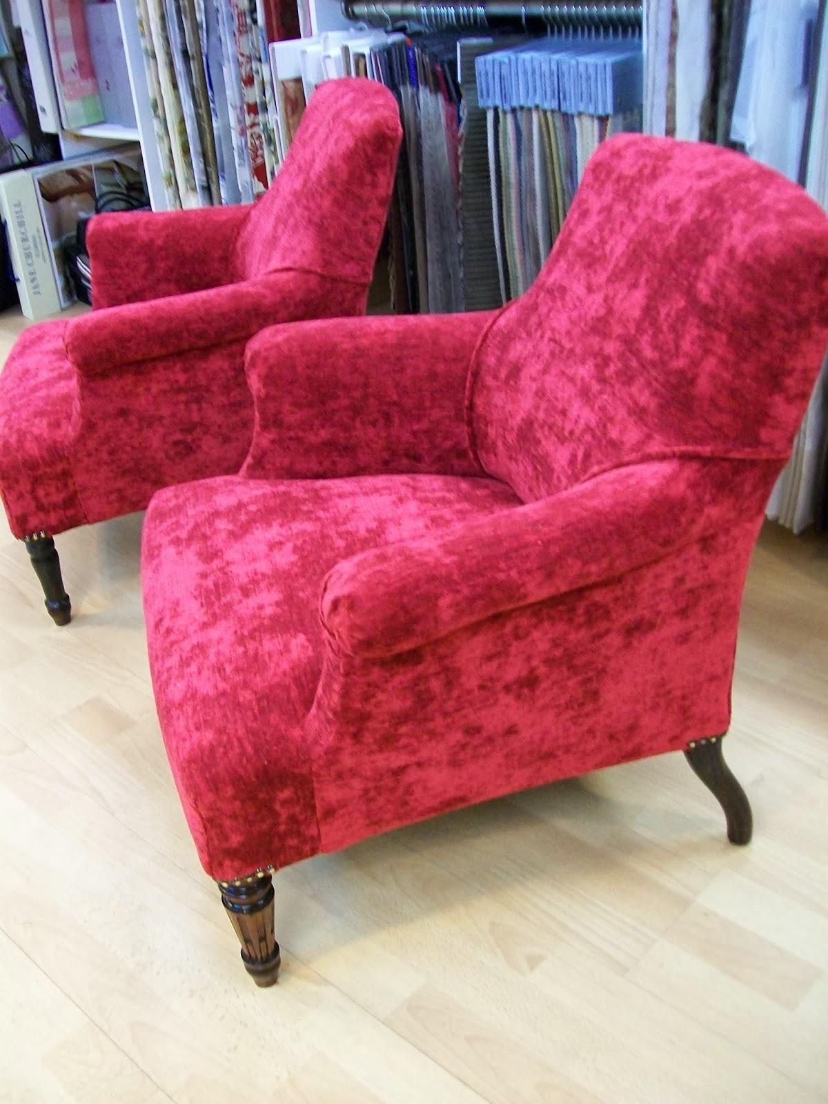 l 39 fauteuil anglais de chambre. Black Bedroom Furniture Sets. Home Design Ideas