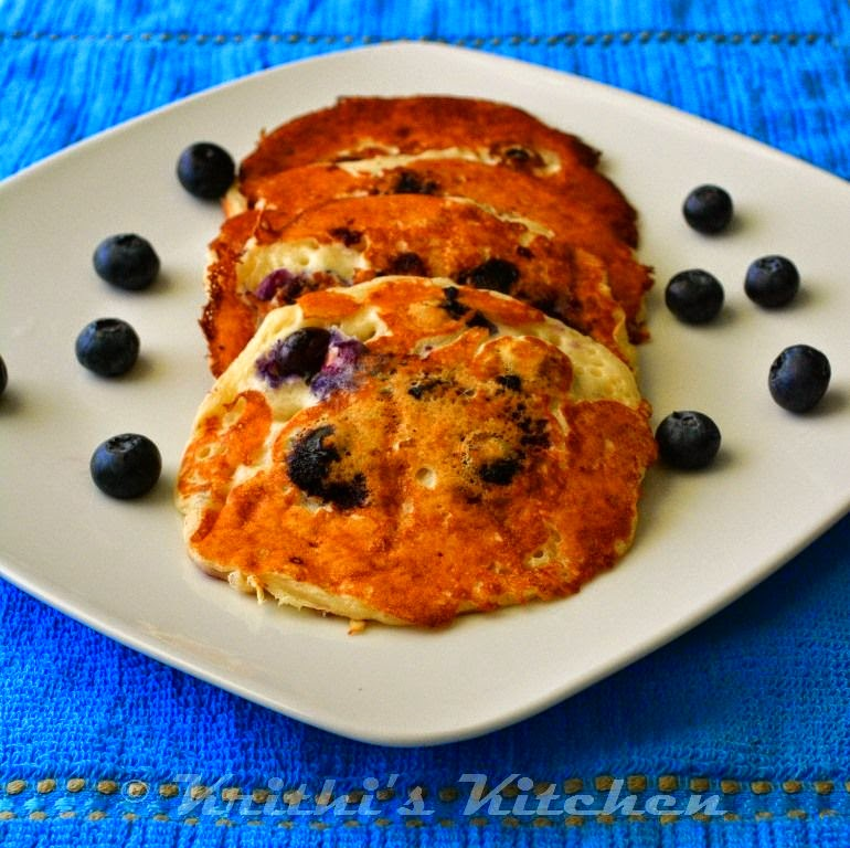 Lemon+blueberry+pancakes+vegan+eggless.JPG