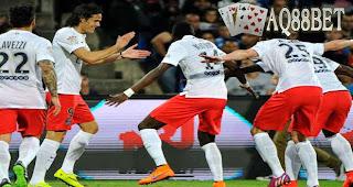 Liputan Bola -  Klub asal Prancis, Paris Saint Germany berhasil mempertahankan gelar Ligue-1  pada musim ini.
