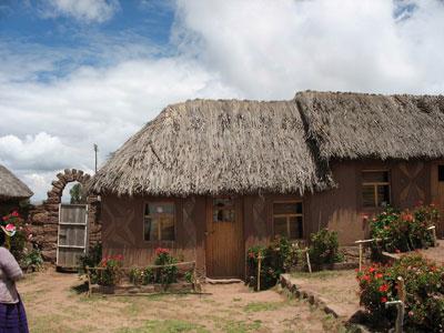 LUGARES TURISTICOS DE PUNO : TEQUENA & CAPACHICA