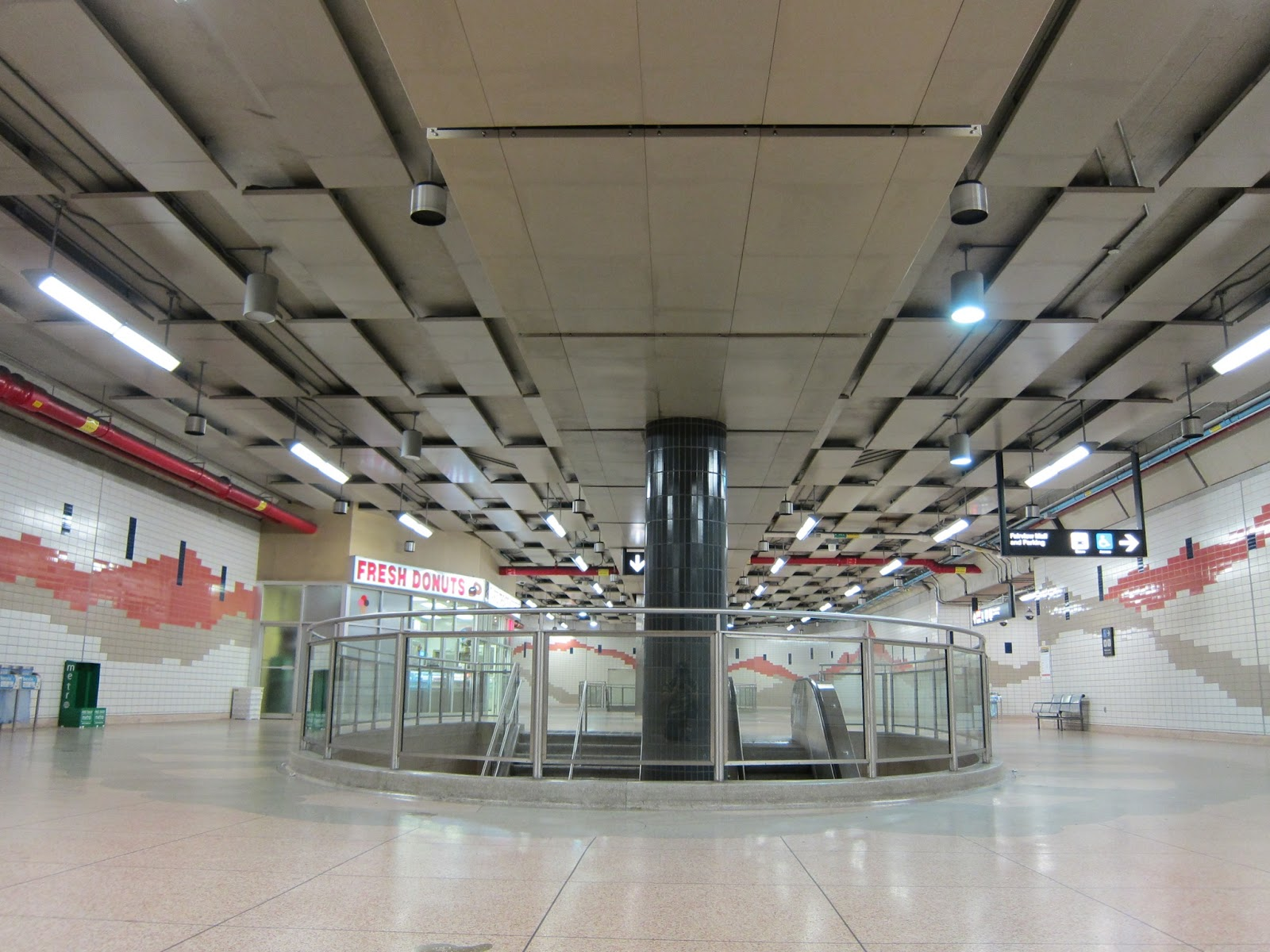 Concourse level photo at Don Mills station