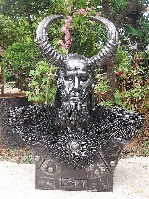 05-Fantasy-Sculpture-Norse-North-Gods-Loki-Giganten-Aus-Stahl