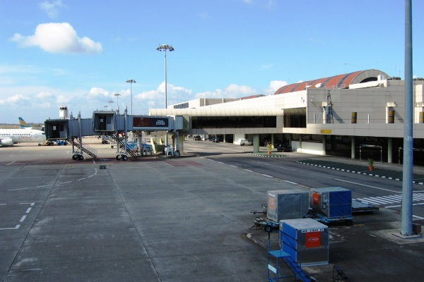 Bandara Hang Nadim, Batam. ZonaAero