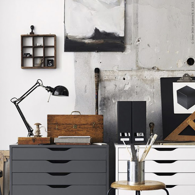 black & wood home office - the round button blog