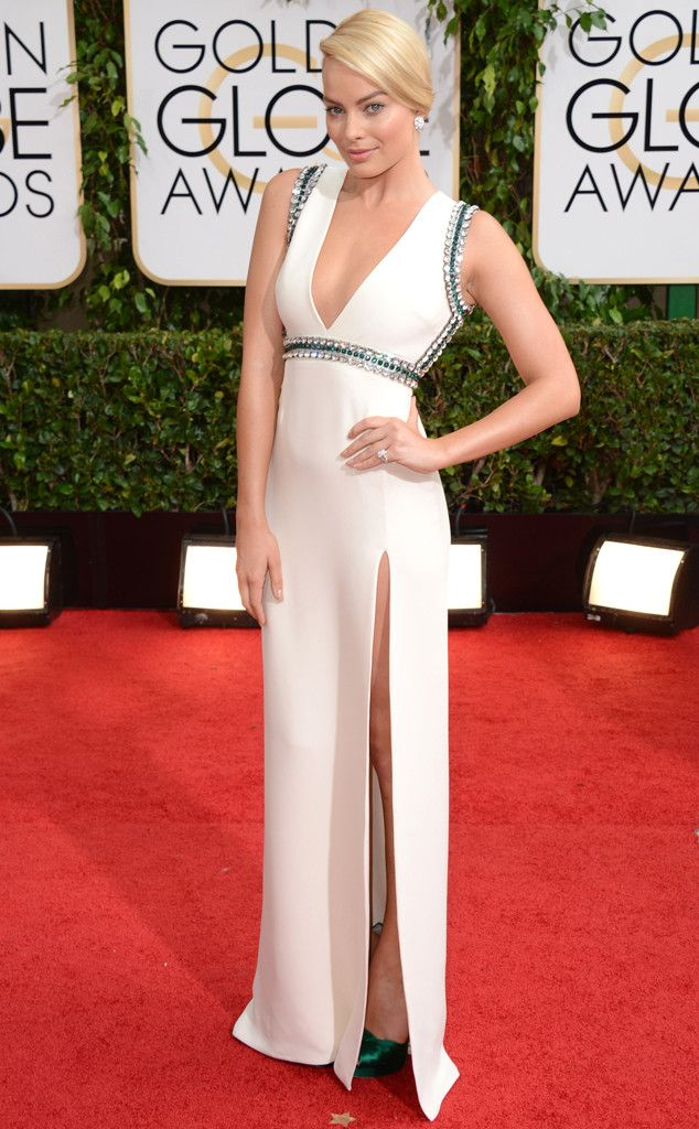 Margot Robbie in a white Gucci gown at the 2014 Golden Globe Awards