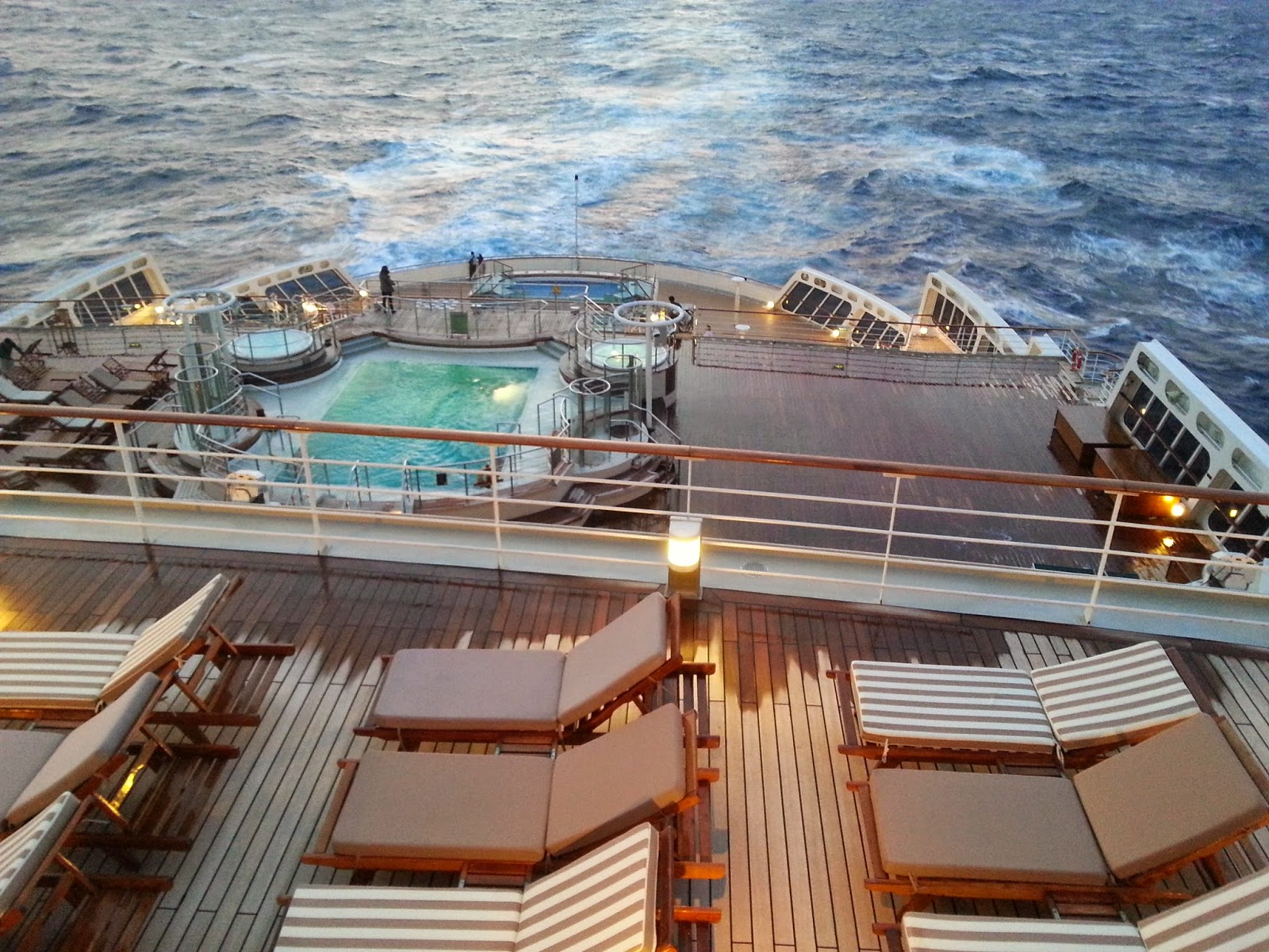Queen Mary 2 (QM2) - Outside passenger decks and pools - Aft