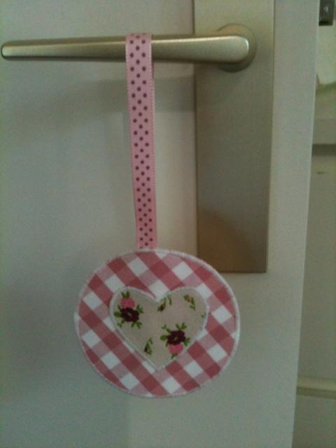 Princess 39 roz toile d coration pour porte fen tre for Decoration porte et fenetre