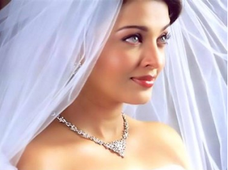 Miss Hot and Beautiful Aishwarya