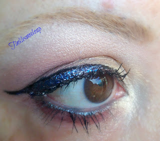 eye_makeup_look_glittery_gold