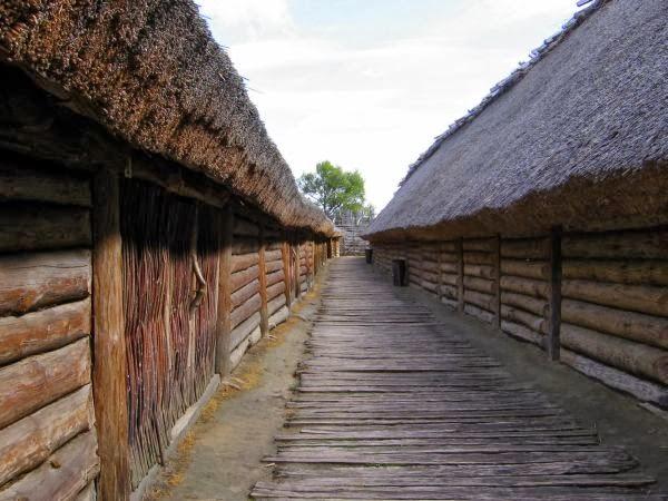 Chaty w osadzie
