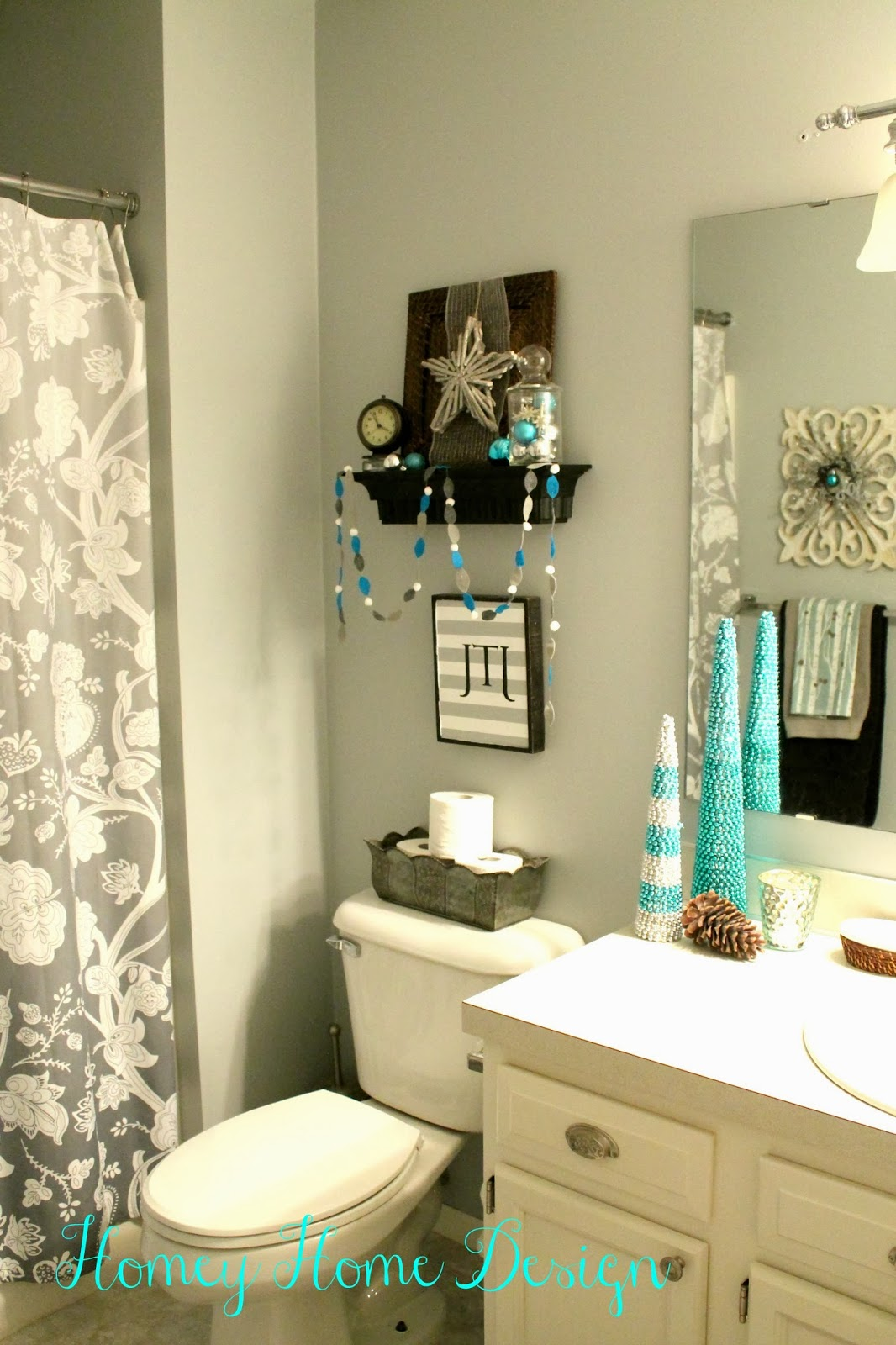 Homey home design bathroom christmas ideas for Bathroom decor ideas accessories