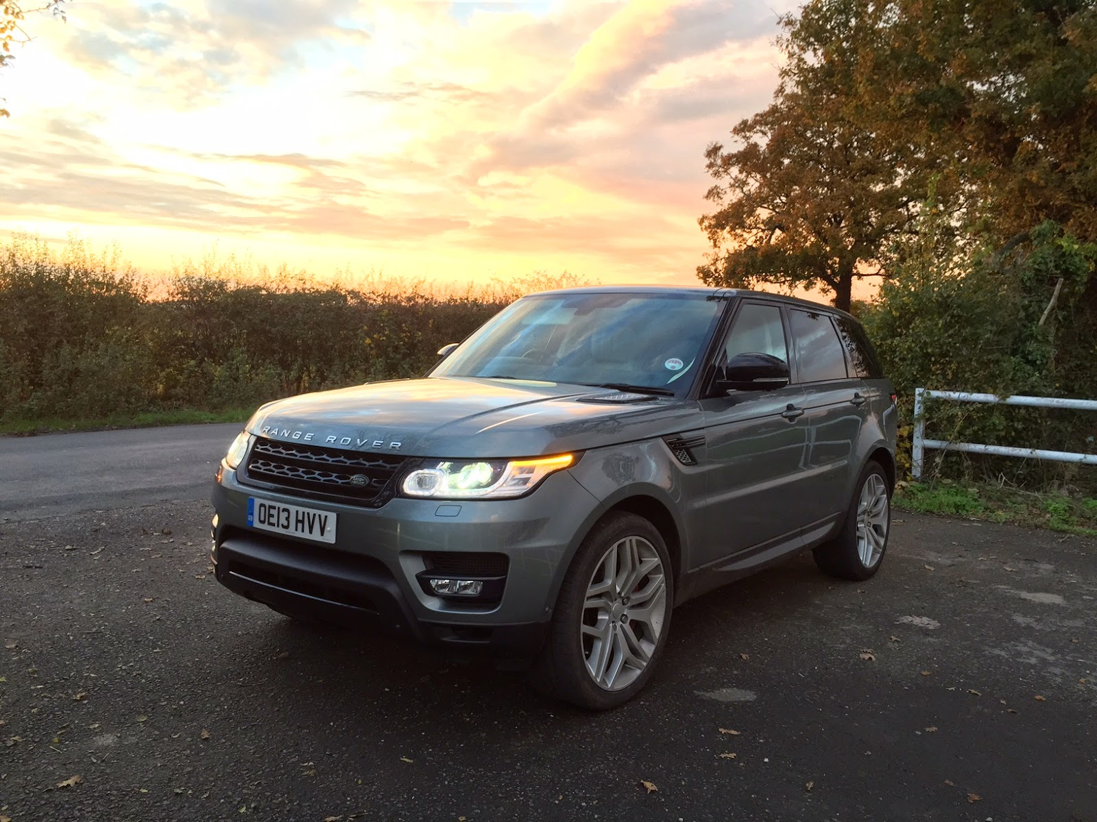 speedmonkey 2014 range rover sport sdv6 review. Black Bedroom Furniture Sets. Home Design Ideas