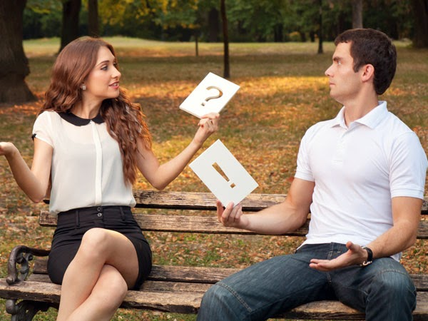 signs your girlfriend is losing interest