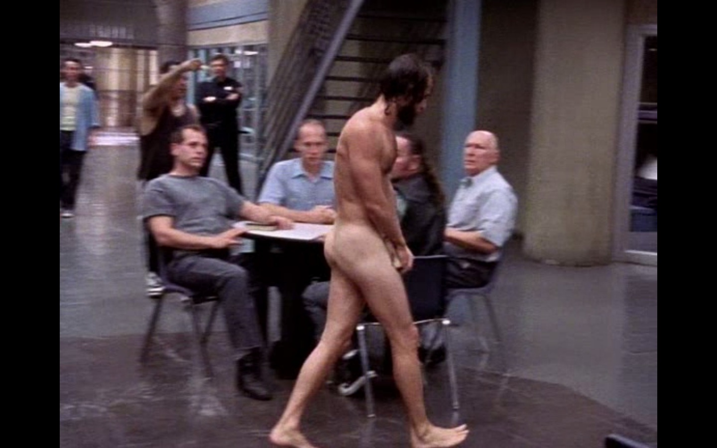 Luke Perry nudeanyone else see this?