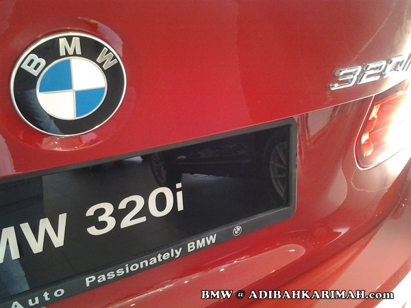 CDM Adibah at BMW to buy new F30 as for premium beautiful business car