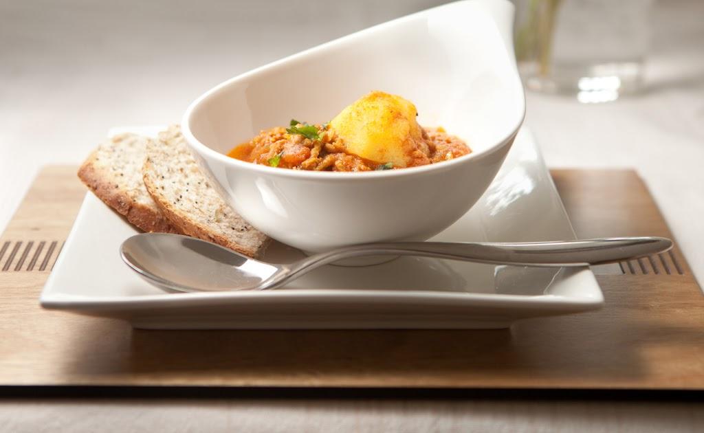 Minced lamb curry (keema) | Coconut Raita
