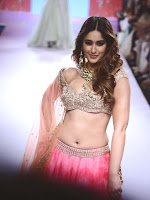Illeana sizzling Ramp Walk at Lfw 2015-cover-photo