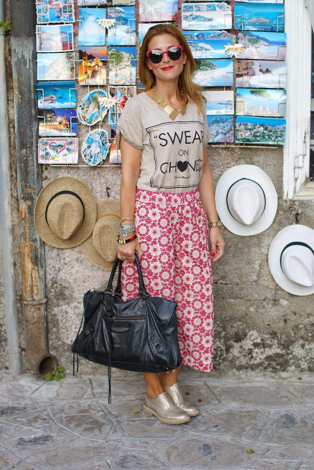 Swear on Chanel t-shirt, crochet culottes pants, Lemaré shoes, Fashion and Cookies, fashion blogger