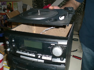lift up the turntable base