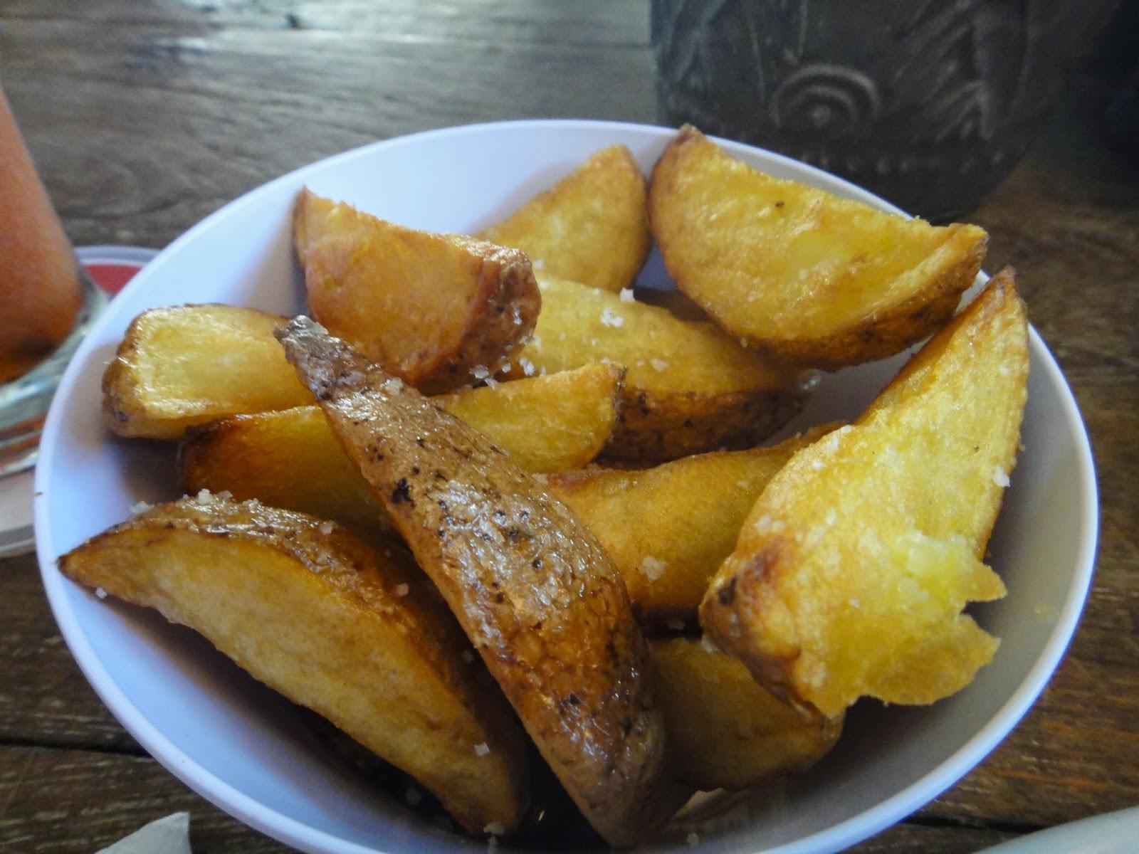 Potato Wedges Naughty Nuri's Warung Bali