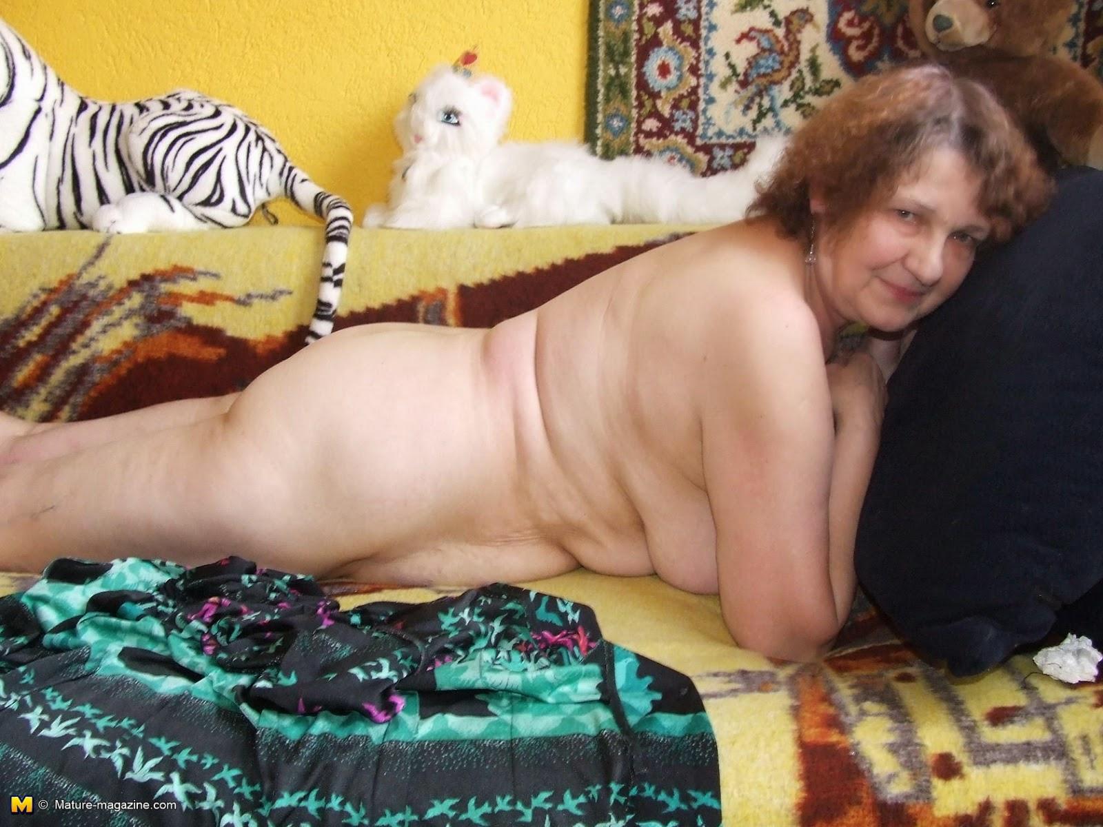 Смотреть онлайн видео голые русские старушки