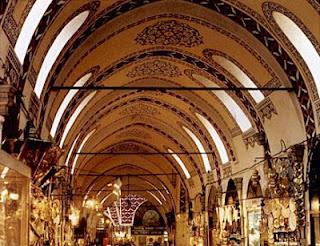 الأماكن السياحية اسطنبول الصور kapalicarsi.jpg