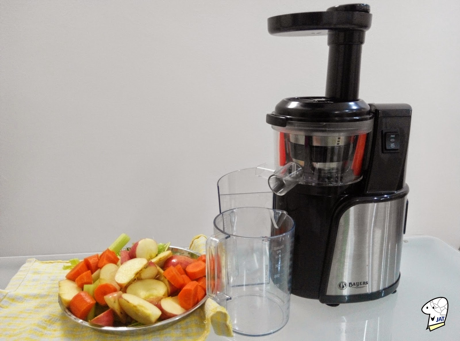 Bayers Dual Stage Slow Juicer and fruits