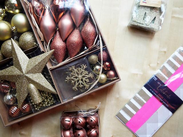 CHRISTMAS DECOR HAUL – SAINSBURYS & M&S