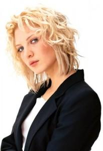 wanita rambut pendek 2013