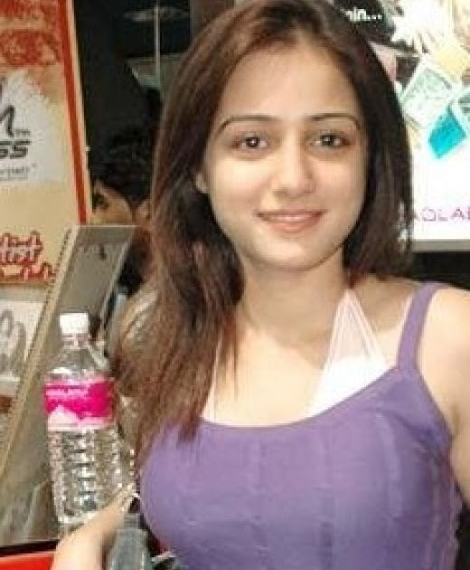 Hot and Sexy Indian Girls Bhabhi Pics Gallery | RareDesi Forum