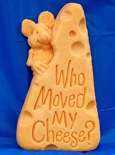 http://www.toxel.com/inspiration/2009/10/13/15-amazing-cheese-sculptures/