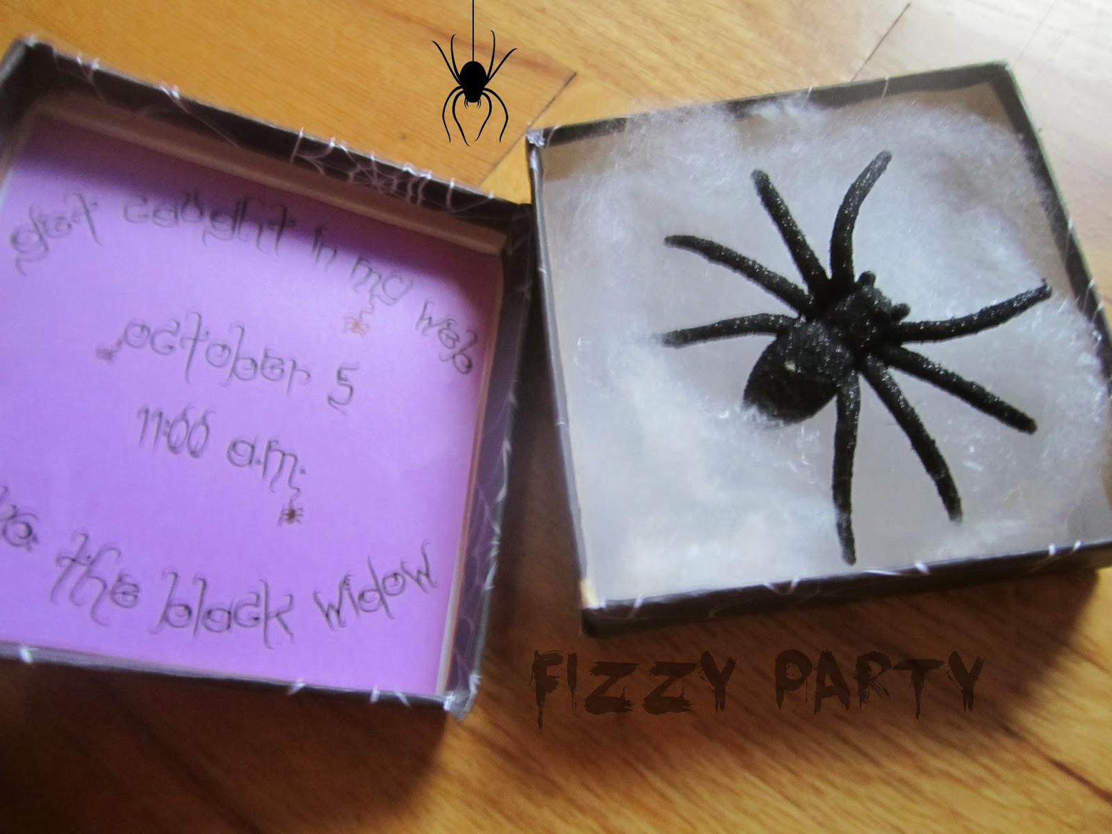 Fizzy Party: DIY Halloween Invitation