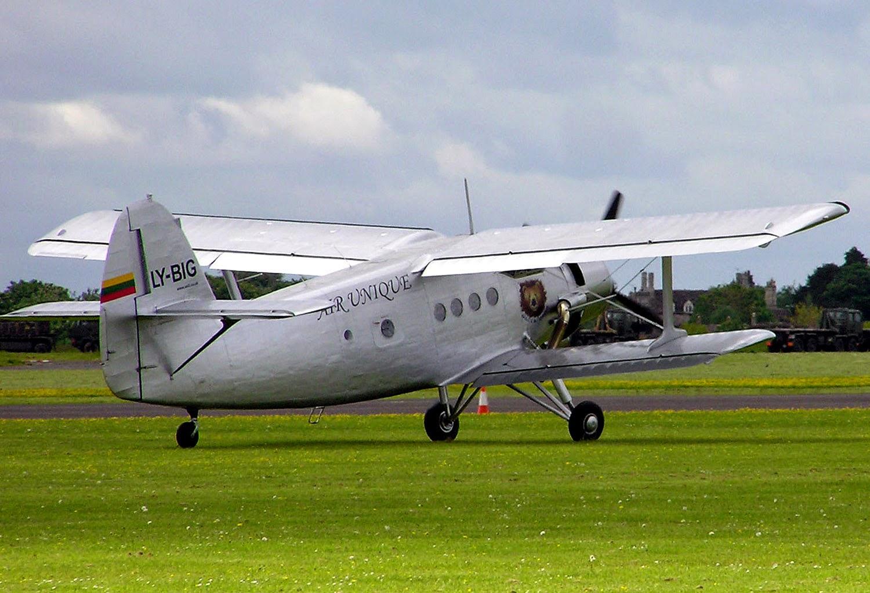 الطائرة التي تطير إلى الخلف .. قصة أغرب طائرة في العالم Antonov.an-2.ly-big.arp