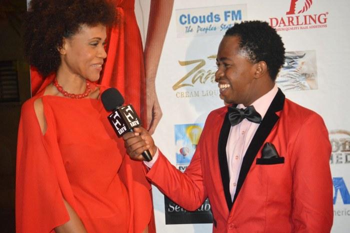 Mbunge wa Bunge la Katiba, Mh. Maria Sarungi  akihojiwa na Deo wa Nivana wa East Afrika Television