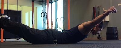 تمرين الكوبرا لعضلات الظهر