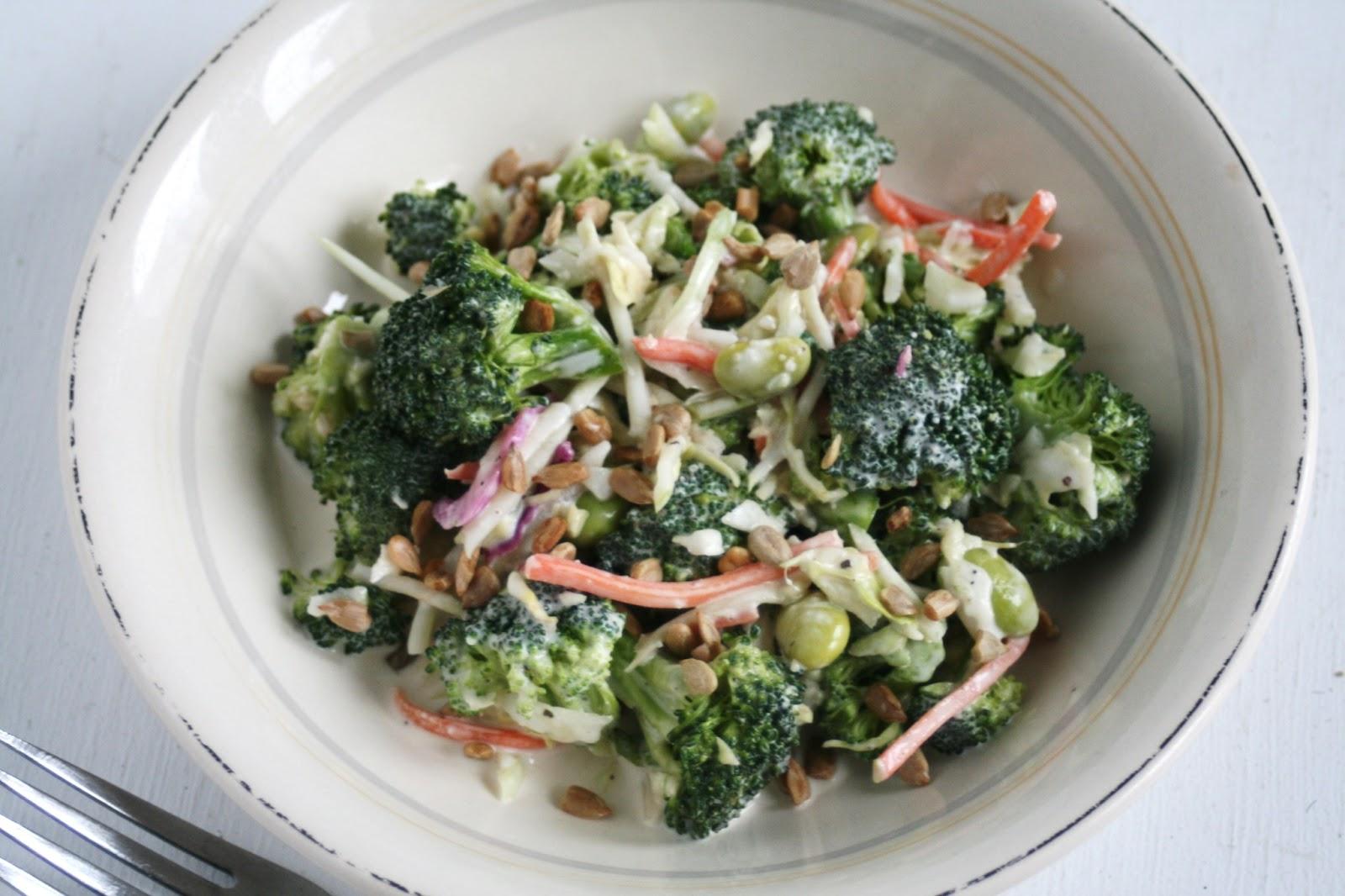 I Thee Cook: Amazing Broccoli Slaw Salad