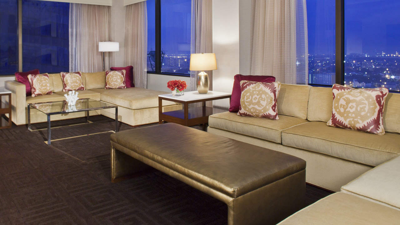 i run for wine hyatt regency new orleans we had a superior suite with panoramic views of new orleans the room boasted two full bathrooms a separate king bedroom a huge living room with a pullout