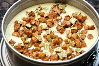 apples-on-cake-batter