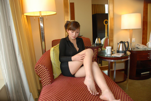 Another Asian Chick Revealing Her Charm For A Private Photo Shoot In Hotel Room