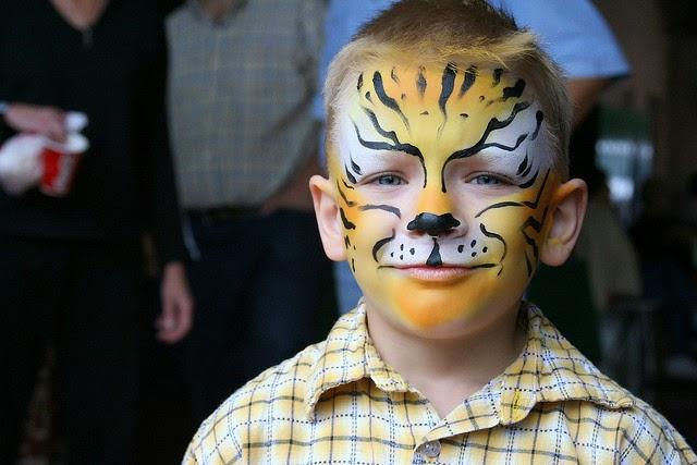 D co bricolage loisirs cr atifs tutos couture et d guisements d guisement et maquillage de - Maquillage chat fille ...