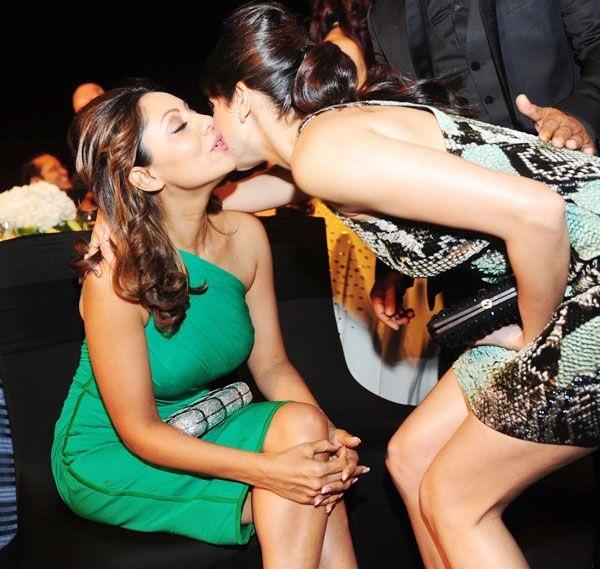 Anushka Sharma Kiss Gauri Khan