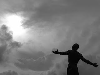 Η άγνοια της πραγματικότητας και ο πόνος | Αυτογνωσία - Ψυχολογία - Κοινωνία.