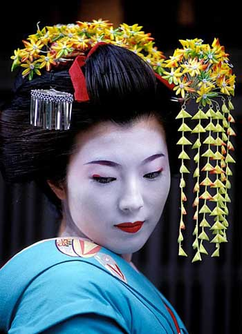 Geisha costumes and Fashion