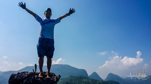 Yodi freedom shot on top of Mt. Sipit Ulang